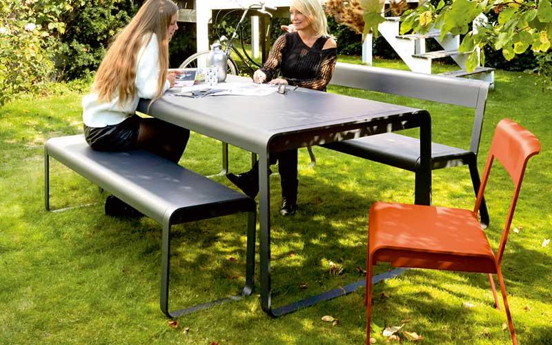 table exterieur metal couleurs
